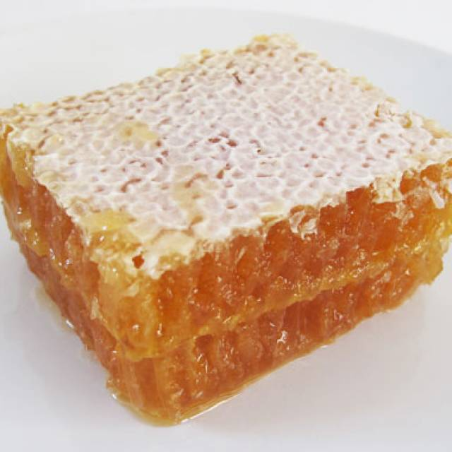Comb Honey ($4 per 130 g)